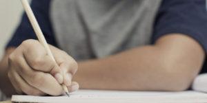 Suspenden las calificaciones en todas las escuelas del país