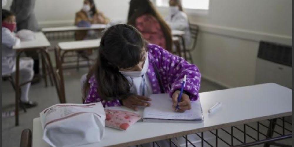 Volverán las clases en escuelas de localidades con bajo nivel de circulación de coronavirus