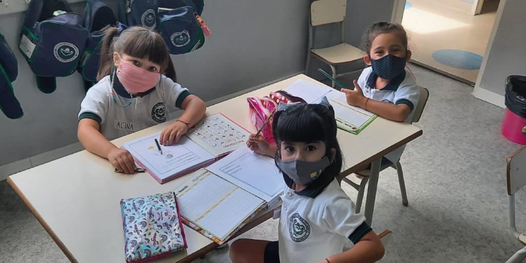 Advierten sobre los riesgos de la no presencialidad en las aulas